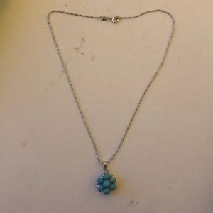 Turquoise flower necklace with chain